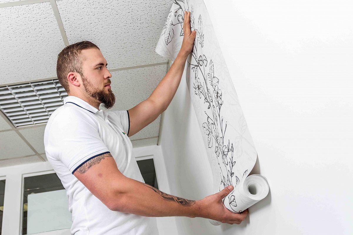 Maler aus Köln bei der Arbeit